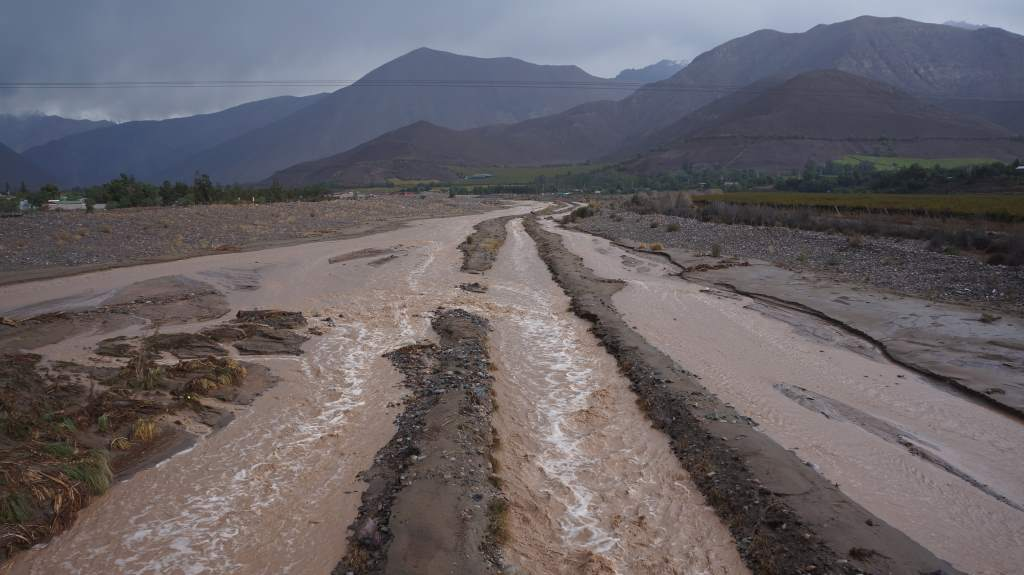 Insane mud and water flow coming into Vicuna